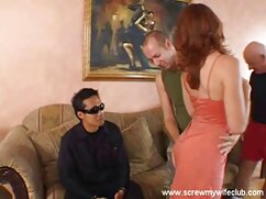 Integrált a lány nagyon kanos megköveteli, hogy baszni. A rémült Szőke először szexi pólóval szex videók ingyen állt a falnak, majd a kezével masszírozta a testet. A melleit, és megragadja a lencse előtt. Ezután egy barna hajú lány fordul a lencse előtt, amely teljesen meztelen a kanapén. Azt állította, a toll, mert azt akarta, hogy maszturbálni egy srác, szopni neki. Aztán volt egy lány, gyönyörű mellekkel őszintén, aki azt akarja, hogy szar minden lyuk.