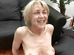 Egy fiatal férfi gino ' ve szar egy lány casting. A pornóipar nem csak a nők, hanem megköveteli a jó emberek. Egy fiatalembernek gyönyörű teste van a castingon, hogy játsszon a felnőtt filmben, majd híressé váljon. A fiatal lány köteles további kérdéseket feltenni neki,majd kérje meg az idegeneket, hogy vetkőzzenek le róla. Gyönyörű izom alá rejtett egy réteg ruhát, valamint ingyen pprno a kutya, aki úgy döntött, hogy érezd, hogy a személy, bár ez nem szükséges. Ő személyesen adta át neki a kanapén a stúdió