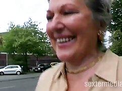 A taxis elvitte a testvéréhez. Amikor szex ingyen az emberek taxisofőr hamis látta ezt, azonnal költözött a hátsó ülésen, és indítsa el a saját. Azonnal belecsúszott a szoknyájába, Cooney hideg kézzel, amennyire ő nem is hiszem, hogy a munka ellen a vezető kitartás. Babenka lazít, és a fűzőből veszi el a vagyonát, a két mell között hosszú ideig tartó taghoz csatolva, a szív útján szopva. Kurva fasz a hátsó ülésen minden testtartás.