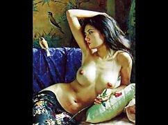 Japán nők Terumi adta a férjének. Terumi Japán már várja, hogy indaerotika a férje, hogy egy hosszú idő, nem tudja elviselni, vegye ki a játékot, majd elkezdett maszturbálni óvatosan. A pár látni baba, félmeztelen és fut, hogy segítsen neki. Miután partnere rákos, a férfi arca és a lova kezdett szakszerűen nyalni a vagina szép emberek. Nagyon inspirálta a szaktudás, szorgalmasan kefél az ember felállításával. A plüss, orális szexis baba elválasztotta a lábát, és lehetővé tette, hogy a követők maguk is megny